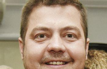 Colym Soroka, diputado por Itapúa de Colorado Añetete, inicialmente rechaza el proyecto, pero dice que se debe discutir.
