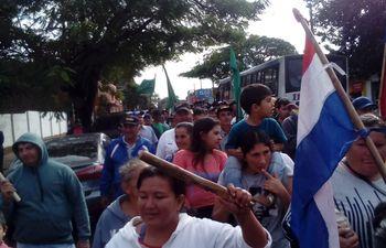 Los productores salieron hoy a la calle a manifestarse.