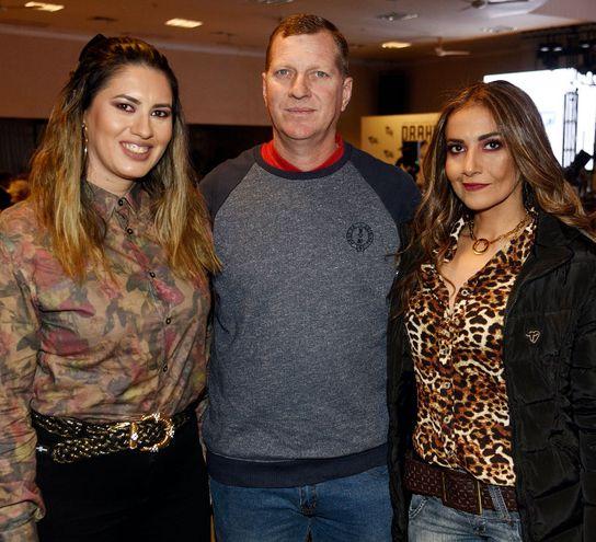 Sady Caballero, Roland Rempel y Sandra Rempel.