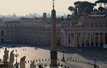 Una vista general muestra una plaza de San Pedro, en el Vaticano.