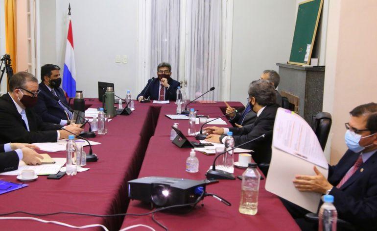 Sesión  del Consejo de la Magistratura. Objetan la presencia de consejeros con mandato fenecido.
