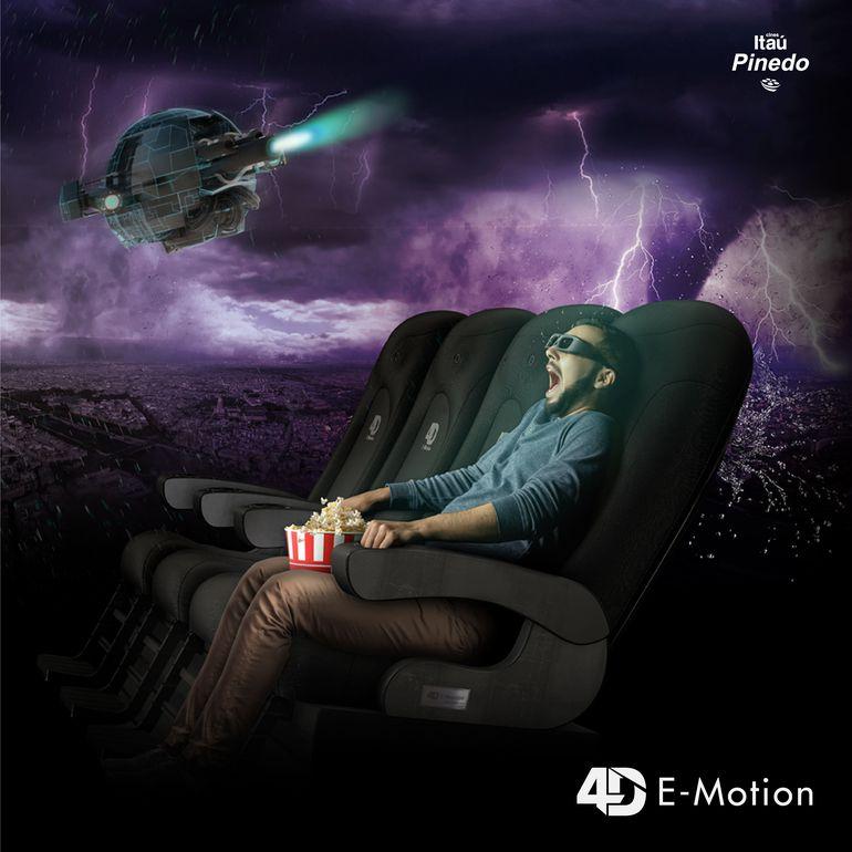 Los asientos vibran en momentos de mucha acción, para sentir la adrenalina de los personajes.