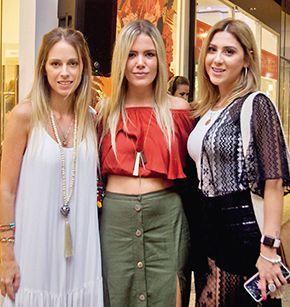 Encuentro de chicas. Barbie Bradshaw, Cami Duré y Leti Parquet.