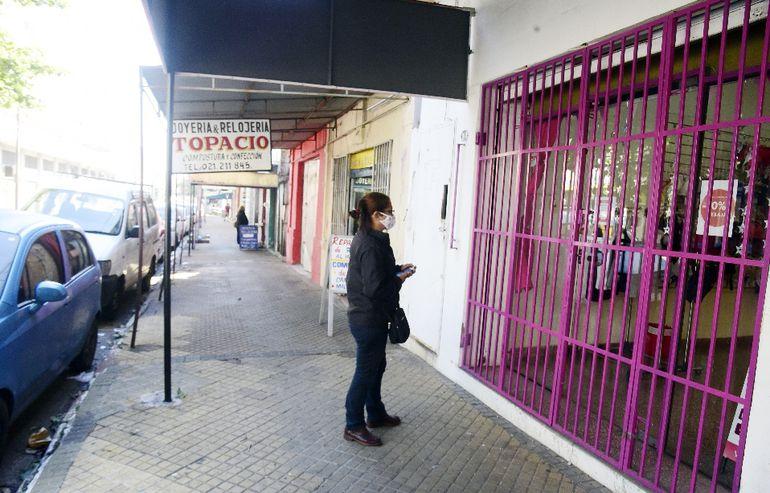 Miles de compatriotas quedaron sin empleos  por el cierre temporal y definitivo de comercios por la cuarentena.