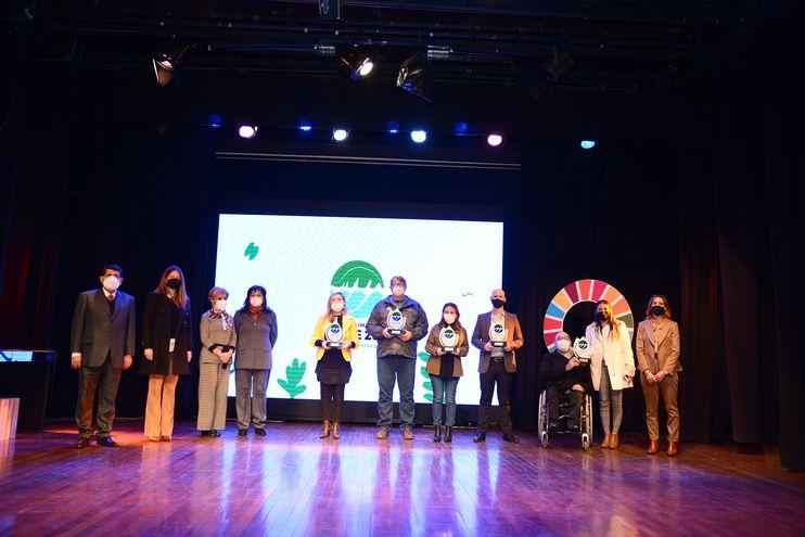 """Con """"Brillemos juntos"""", Los Jardines recibió un """"Reconocimiento verde"""", por Pacto Global y la WWF, en la categoría """"Educación y Sensibilización Ambiental""""."""