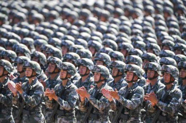 Soldados chinos durante un desfile conmemorativo. Imagen de archivo, AFP.