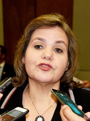 La senadora Lilian Samaniego (ANR, oficialista) aseguró que cumplió la cuarentena tras su viaje a Bs. As.