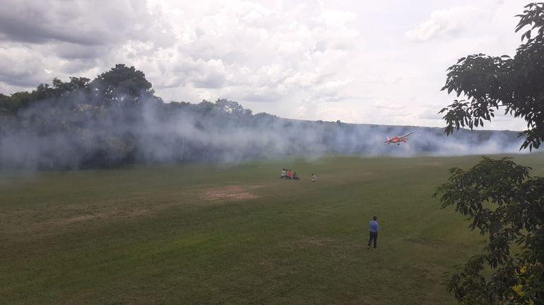 El tradicional aerofestival del Club de Vuelo Deportivo Yvytu.