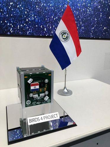 El GuaraniSat-1, primer satélite paraguayo que orbitará la Tierra.