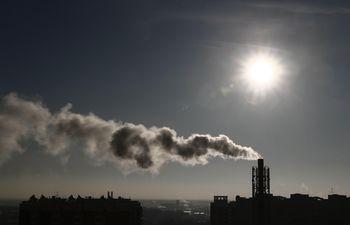 La mitad de los latinoamericanos viven en lugares de alta contaminación,  indicó el informe anual de Políticas Energéticas de la Universidad de Chicago.