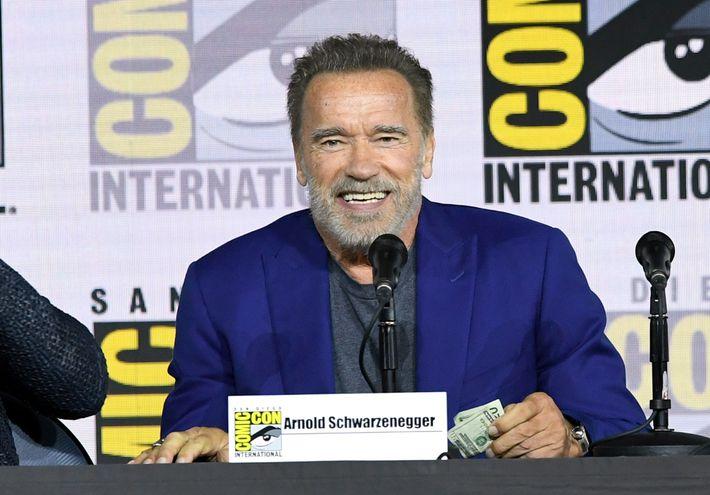 """Arnold Schwarzenegger durante el panel de """"Terminator: Destino Oculto"""" en la Comic Con de San Diego, el jueves."""