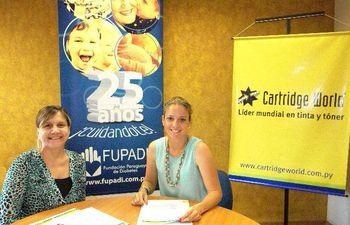 la-presidenta-de-fupadi-mami-samaniego-y-monica-catoni-de-cartrige-world-paraguay-firmaron-el-convenio--192712000000-1319602.jpg