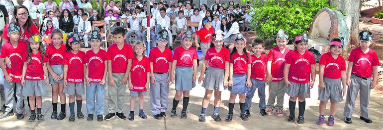 Otro acto de clausura en Areguá, Central - Escolar - ABC Color