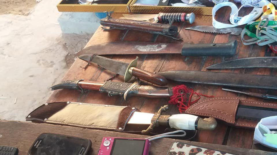 Armas de todo tipo, herramientas, joyas y hasta guitarras fueron encontradas en la vivienda de Oracio Cirilo Ríos Vera, que logró fugarse de la Policía.