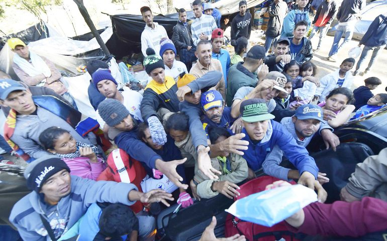 Venezolanos afectados por la crisis.