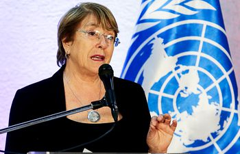 La propia alta comisionada de la ONU para los Derechos Humanos, Michelle Bachelet, documentó los múltiples crímenes de lesa humanidad cometidos por el régimen chavista, con miles de ejecuciones extrajudiciales, torturas y desapariciones.