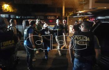 Levi Adriani Felicio, ya en custodia de la Policía Federal del Brasil.