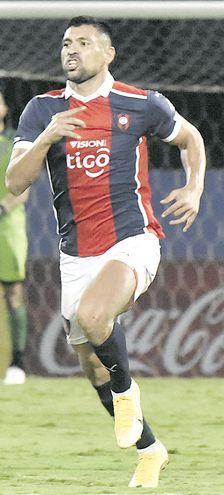 Juan Gabriel Patiño (31 años), defensor pirayuense del equipo de Cerro Porteño.