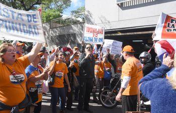 La Comisión Escrache anunció que este año se intensificarán las protestas contra la corrupción.