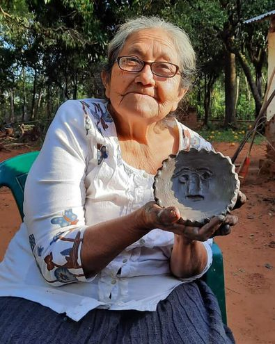 Rosalina Robles fue declarada tesoro viviente del Paraguay.