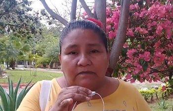 La lideresa indígena y artesana Cristina Ramírez, del pueblo Qom falleció de Covid-19. Sus compañeras la despidieron con mucha tristeza.