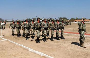 Desfile de la 6ª División de Infantería