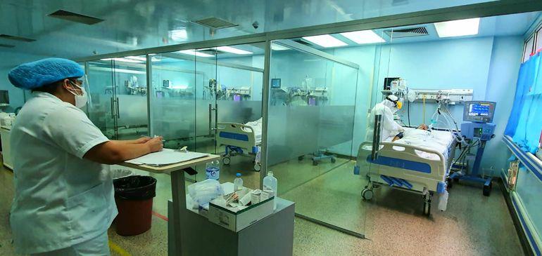 En el sector de UTI del Hospital Integrado del Alto Paraná persiste una alta ocupación de camas.