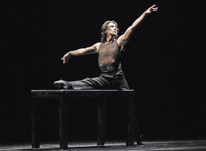Julio Bocca ofreció varios espectáculos en Paraguay a lo largo de su carrera, incluyendo repertorios clásicos y contemporáneos.