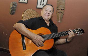 El cantante y guitarrista Tito Martínez llevó la música paraguaya a diversos escenarios internacionales.