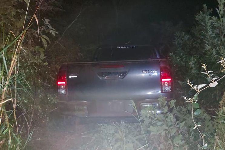 La camioneta recuperada en Arroyito.