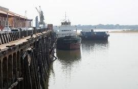 El nivel del río Paraguay desciende cada vez más.