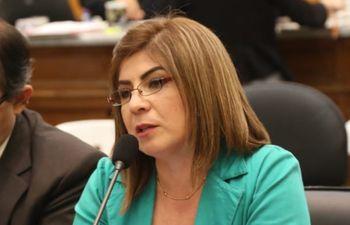 Fiscala Yrides Ávila, enjuiciada por el JEM.