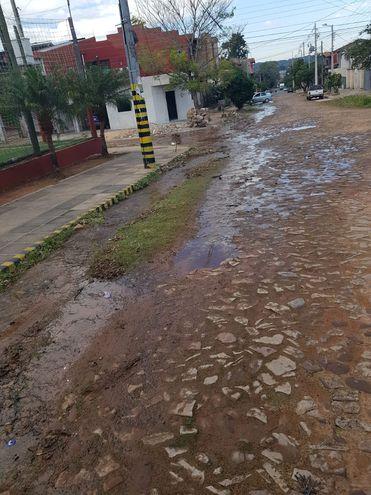 Pérdida de agua en Lambaré