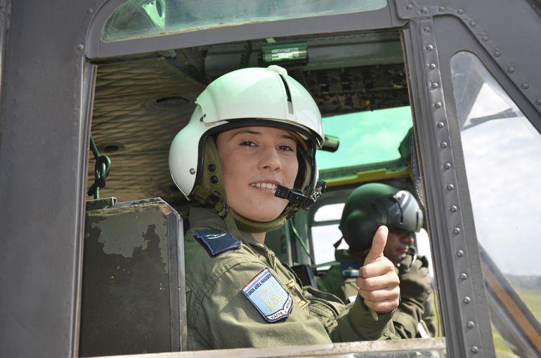 Lilian Mosqueira, comandante de la aeronave siniestrada, es uno de los componentes de la tripulación que logró salvar su vida.