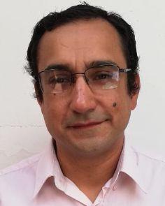 Dr. Gustavo Oviedo