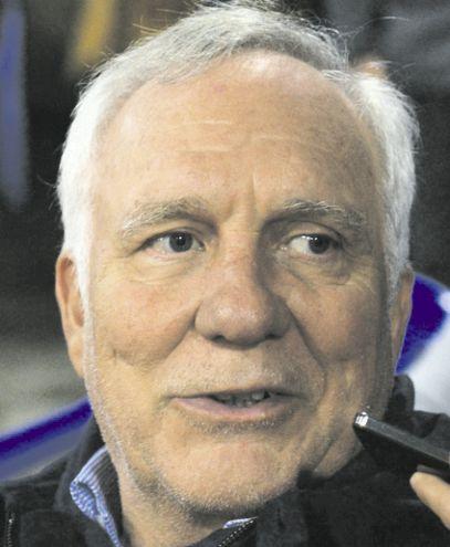 El exsenador Miguel Abdón Saguier (PLRA) indicó que no es un requisito renunciar a la concejalía.