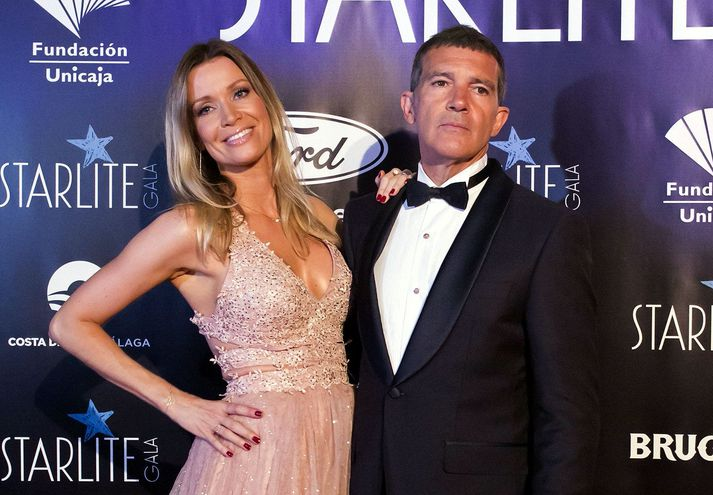 El actor Antonio Banderas y su pareja Nicole Kimpel a su llegada a la gala benéfica de la X edición del Starlite Festival, en Marbella.