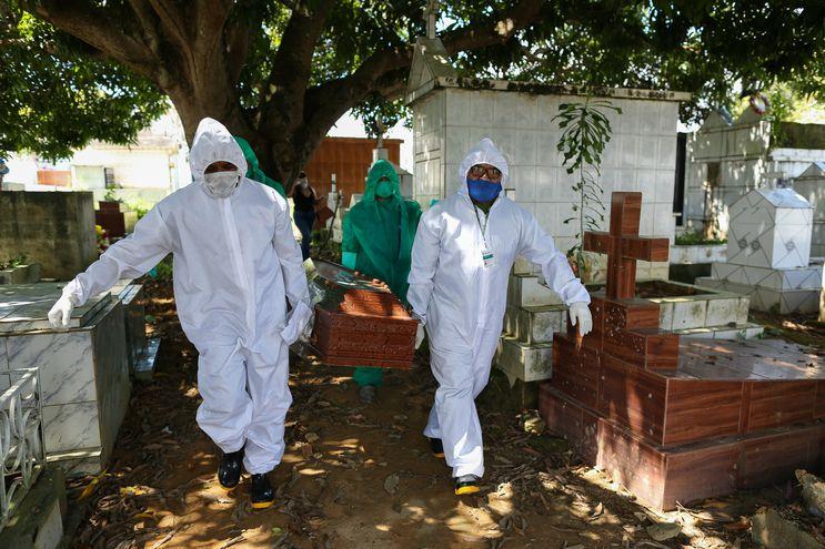 Suman casi 502.000 muertes a causa del COVID-19 en todo el mundo.