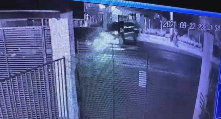 Momento exacto del choque registrado anoche en Luque.