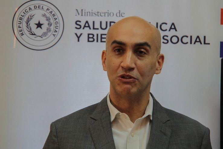 El Ministro de Salud, Julio Mazzoleni, brindó su reporte después del mediodía de este sábado.