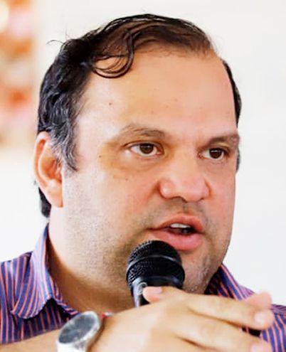 Mario  Varela (ANR, Añetete), diputado con permiso de Caaguazú y ministro de Desarrollo Social (MDS).