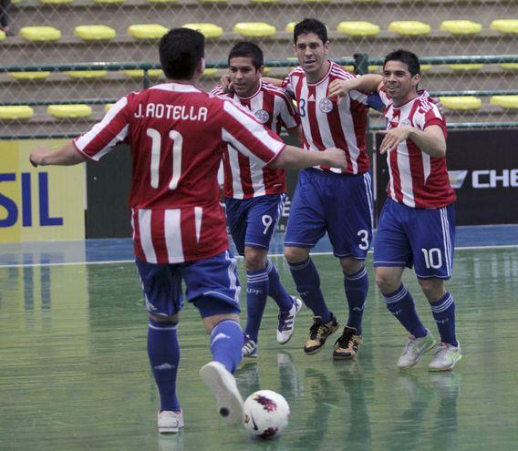 Fabio Alcaraz (3) fue jugador de la selección paraguaya de Fútbol de Salón y Futsal FIFA.