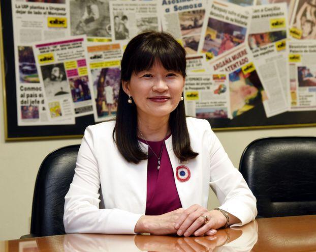 La profesora Dra. Yoko Fujikake, Phd en género y desarrollo, recibirá un premio por su aporte a la sociedad paraguaya.