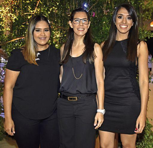 Elvira Villalba, Manuelita Yaluff y Kathia Maidana.