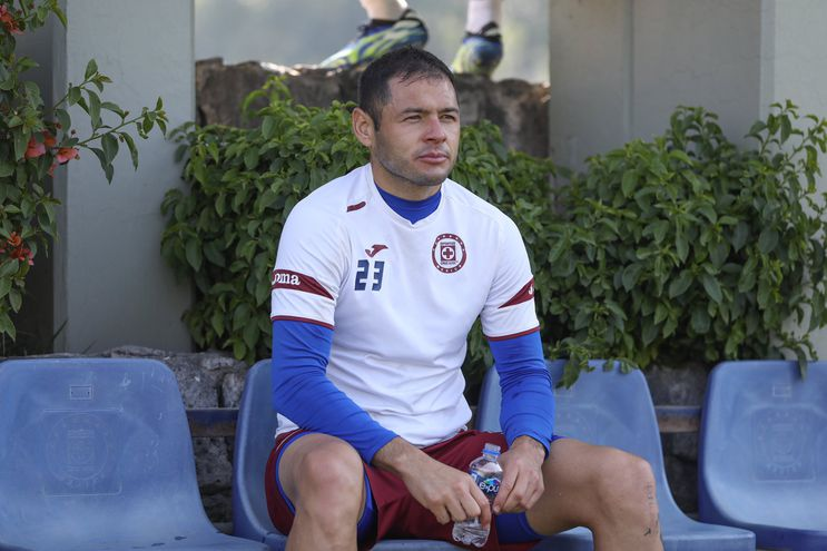 Aguilar deberá descansar ante el América por acumulación de tarjetas.