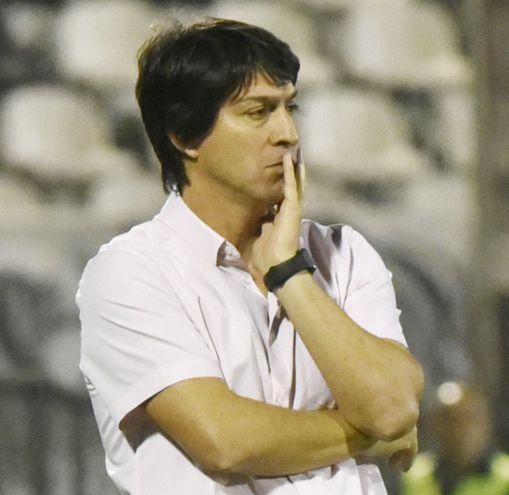 Daniel Garnero, el entrenador de Olimpia.