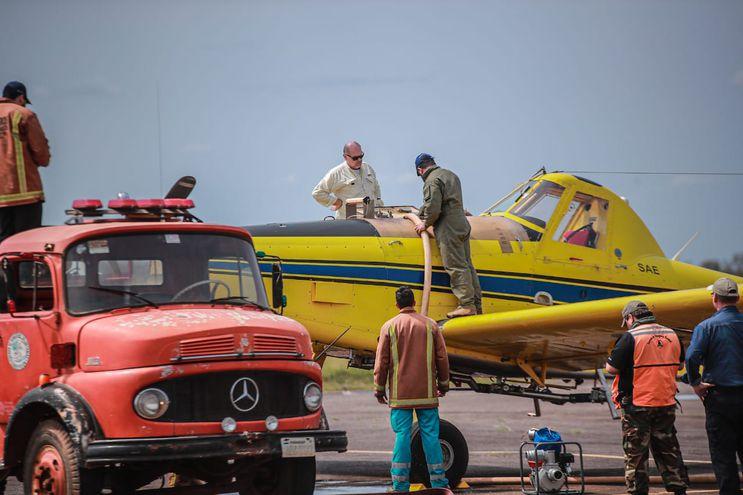 Aviones para combatir incendios forestales en el Chaco.