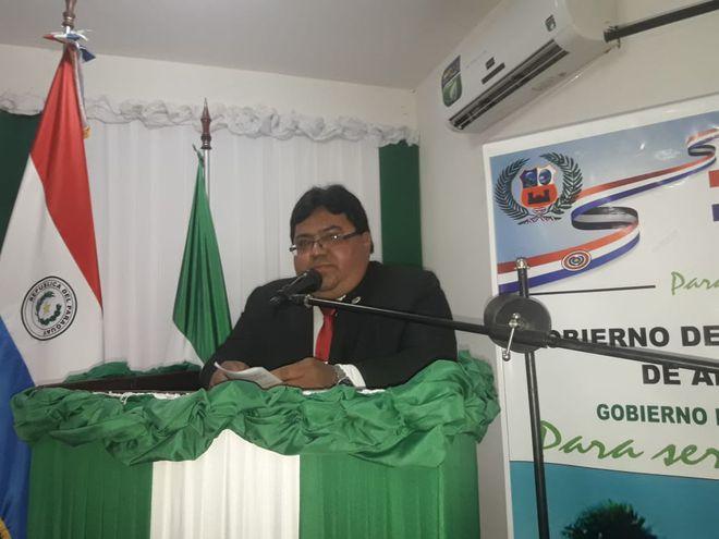 El gobernador presentó hoy su informe de gestión.