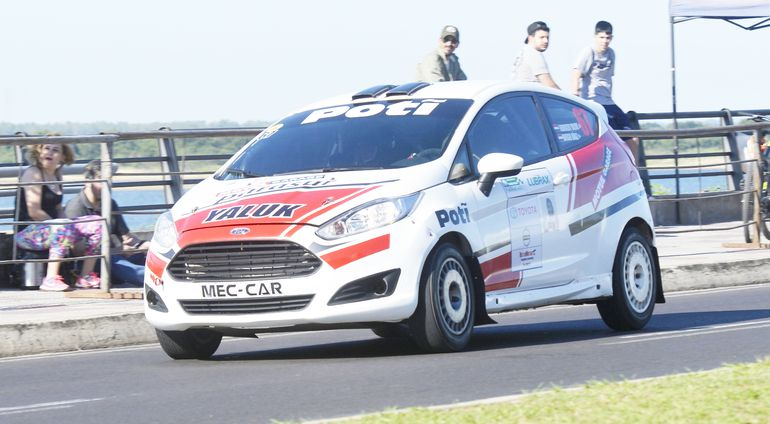 La RC4 Pro quedó en poder de Fabrizio Yaluk y Diego Díaz, con un Ford Fiesta R2T.