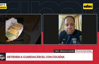 Detienen a guardiacárcel con cocaína